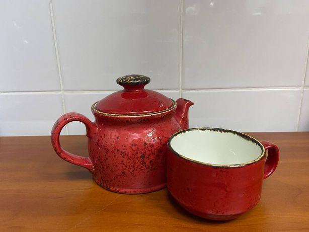 Продам красные чайники