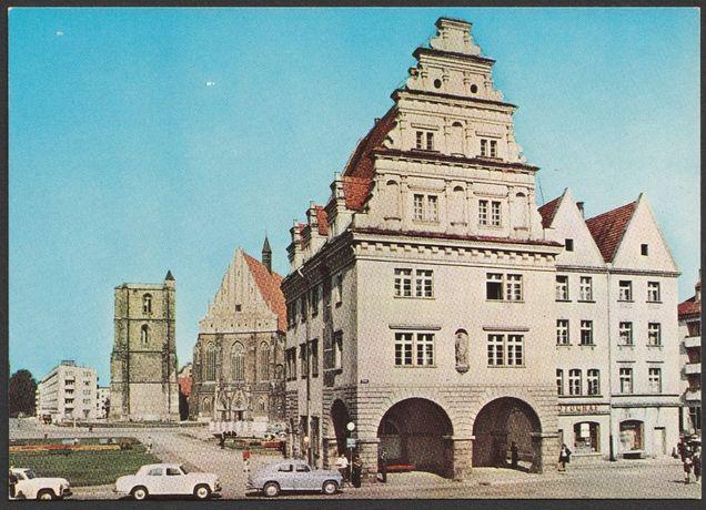 pocztówka - Nysa 1971 - Dom Wagi Miejskiej - kościół Św. Jakuba