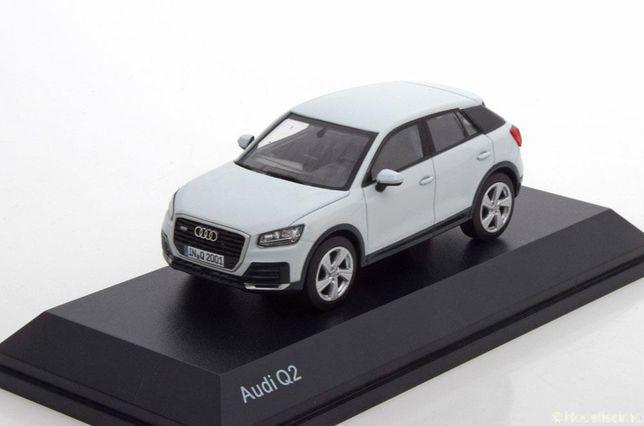 Audi Q2 (2016) glacier white 1:43 iSCALE