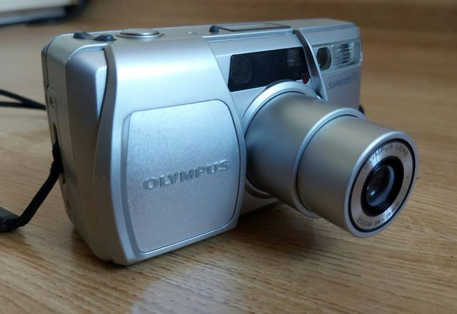 OLYMPUS superzoom 76s, made in Japan