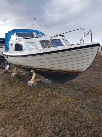 Jacht motorowy łódź kabinowa wędkarska 22stopy
