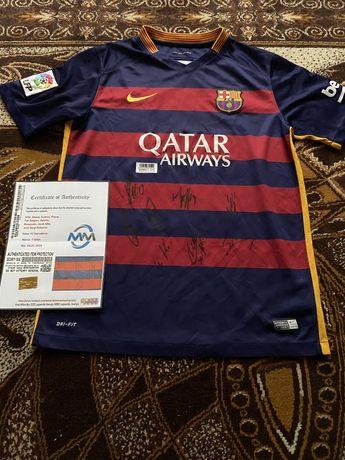 Koszulka FC Barcelona Messi Suarez Pique i inni oryginalne autografy