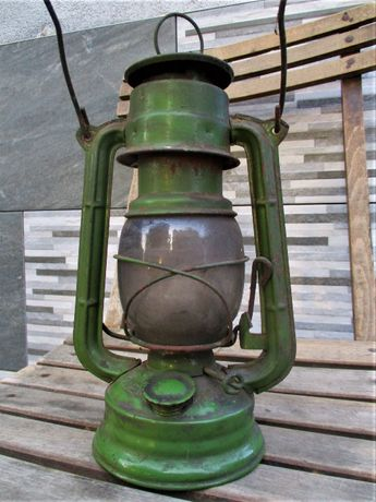 Stara Lampa Naftowa Jupiter 1 PRL