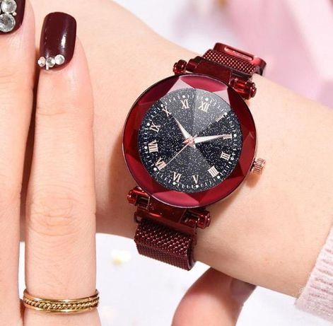 Zegarek damski naręczny na bransolecie kolor czerwony magnetyczne