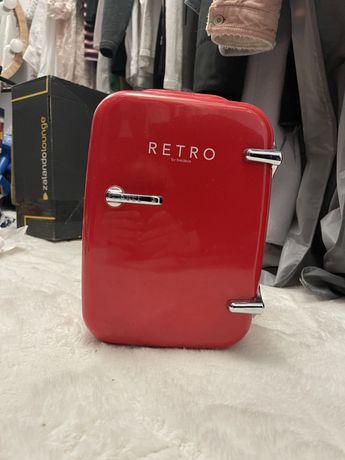 Mini lodówka samochodowa czerwona Retro Bredeco