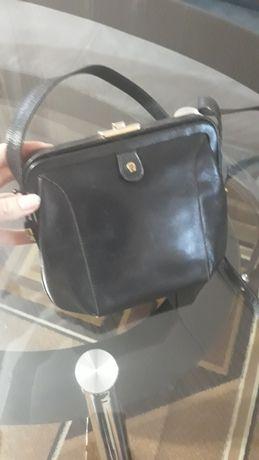 Продам сумочку клатч