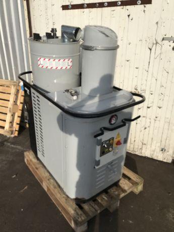 Odkurzacz przemysłowy Nilfisk CFM 3508 W