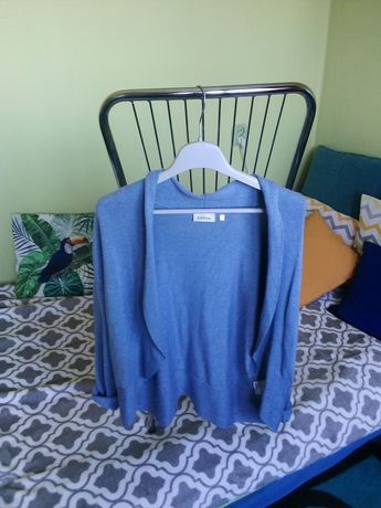 Oddam Śliczny sweterek rozmiar L