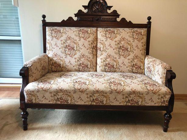 Piękna eklektyczna sofa