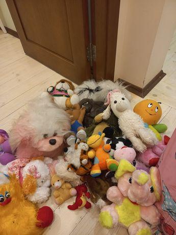 Дитячі м'які іграшки