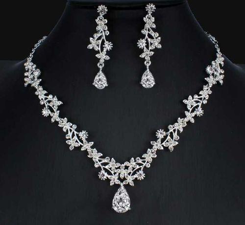 Klasyczny komplet biżuterii ślubnej!