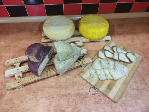 Сир домашного виробництва