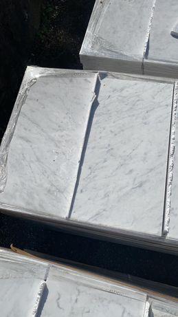 Plytki marmurowe Bianco di Cararra 30,5x61 Marmo