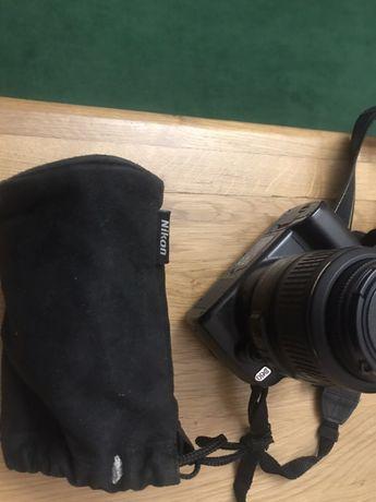Nikon D60 AF-S DX Zoom-Nikon 18-55mm f/3.5-5.6G ED II
