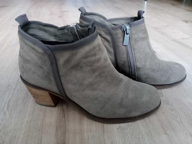 Демисезонные женские ботинки Италия, р. 37, натуральная замша