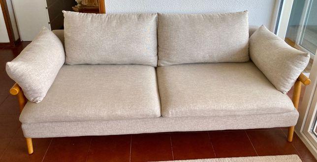 Sofá comprado na loja do Gato Preto