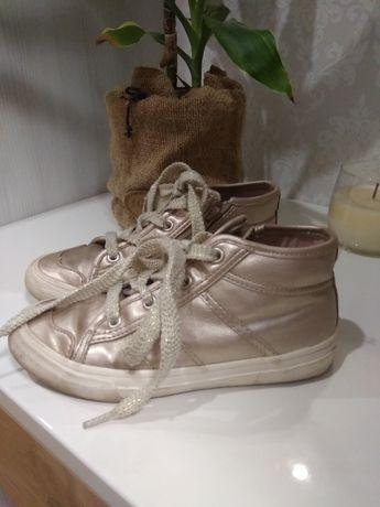 Кеды макасины кроссовки  ботинки Зара
