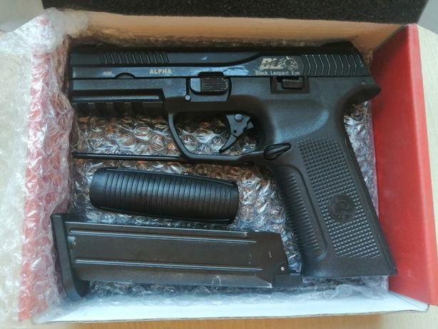 ICS BLE Alpha pistolet ASG