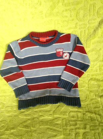 Sweterek w paski 104