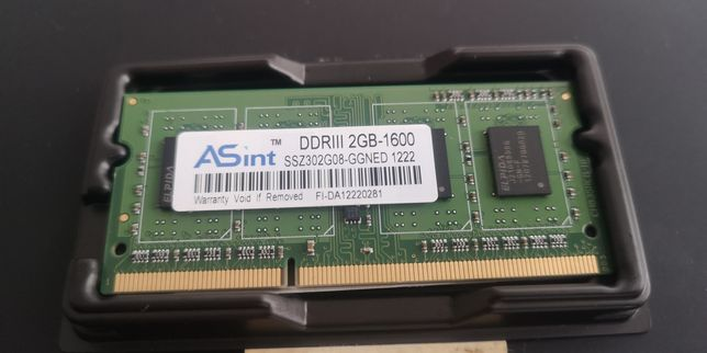 Memória DDR3 2GB 1600 nova