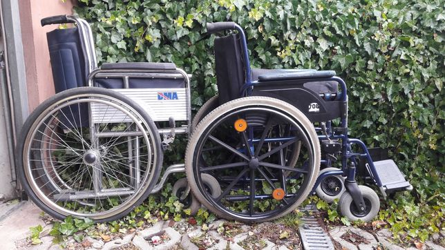 WÓZEK INWALIDZKI Wózki 2 sztuki przebite dętki oddam gratis Kielce
