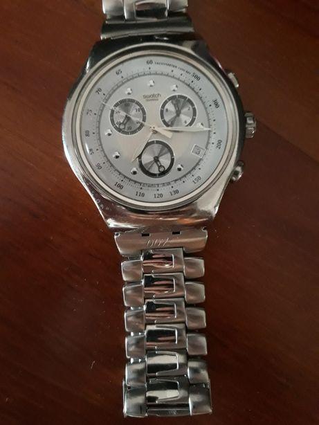Relógio Swatch edição especial 007