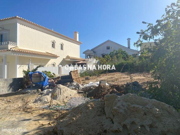 Terreno com 286 m2 para venda na Quinta da Morgadinha