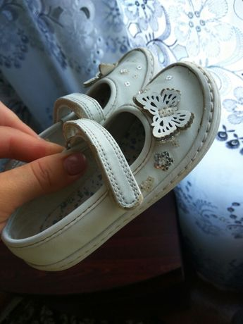 Кеди, туфлі Next