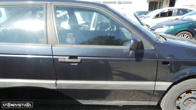 Porta Frente Direita Volkswagen Passat (3A2, 35I)