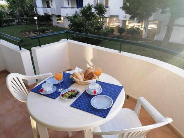 Apartamento T1 Vilamoura para férias a 150m da Marina (até 4 pessoas)