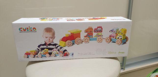 Деревянная игрушка Cubika Поезд с машинками 14 деталей (13999)-новый в
