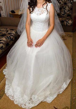 Ціну знижено, весільна сукня!!!