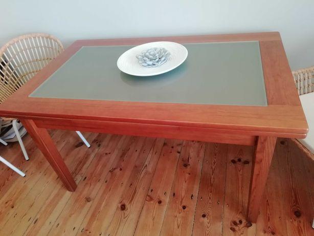 Mesa de jantar em Pinho mel com vidro 1.40m extensível até 2,30m