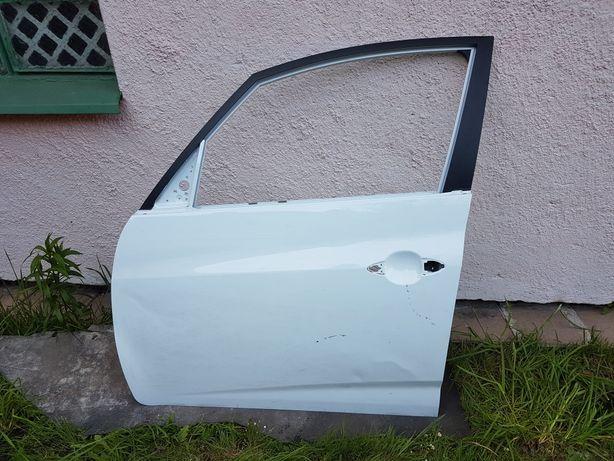 Drzwi białe lewy przód Hyundai ix20