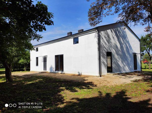 sprzedam dom parterowy z poddaszem użytkowym 2x135 m2 działka 42 ary