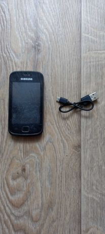 Телефон Samsung Galaxy Gio GT-S5660