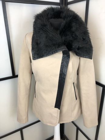Płaszcz Mohito płaszczyk futerko beżowy 36 S