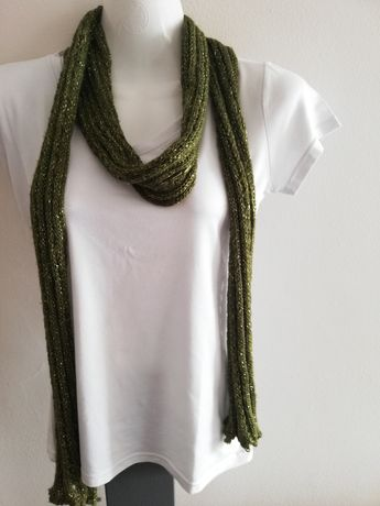 Cachecol Fino verde com fios Dourados