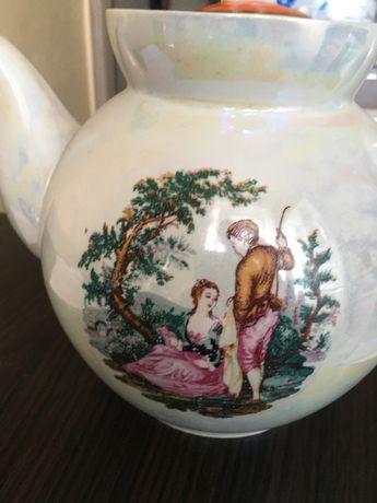 Чайник-заварник фарфоровий, на 2,5 л,ціна 50 грн