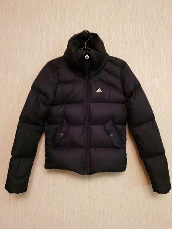 """Куртка """"Adidas """" для девочки новая р.36 зима"""