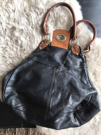 Czarna skórzana torebka vintage do ręki z jasnobrązowymi dodatkami