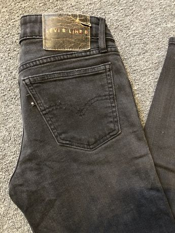 Spodnie jeansowe  Levis 25/31