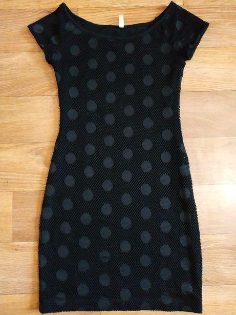 Чёрное платье сетка-горох