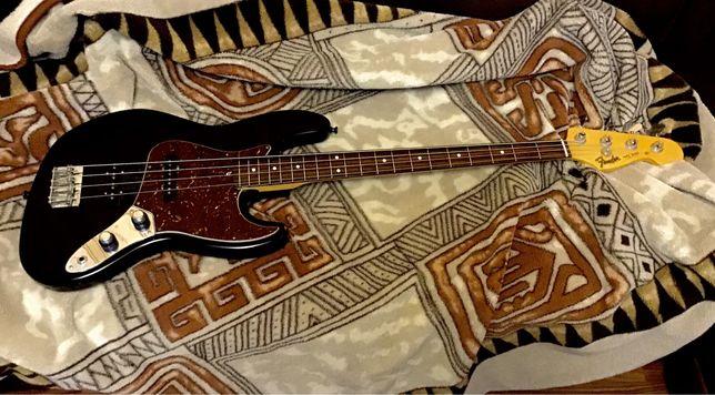 Продам Fender Jazz Bass Avri 62 USA