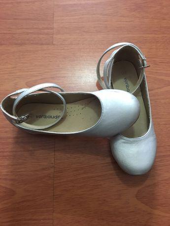 Sapatos vertbaudet prateados n33