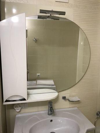 Продам зеркало со шкафчмком в ванную