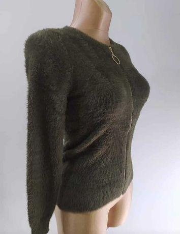 Sweter oliwkowy nowy