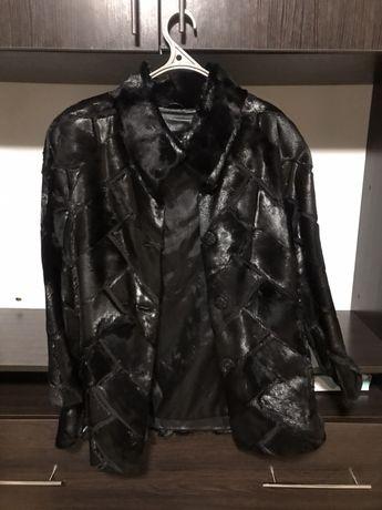 Чорна натуральна шуба розмір S 44