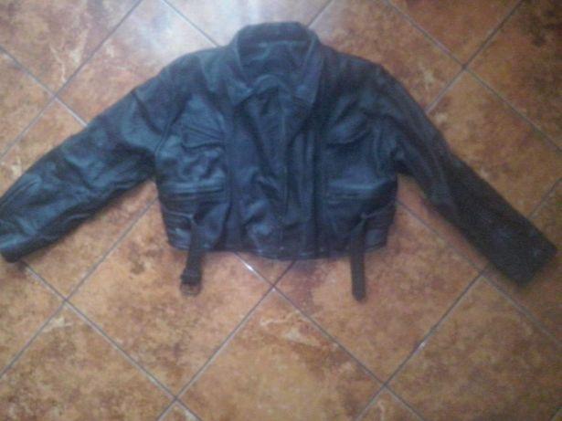 Sprzedam damską kurtke skorzana