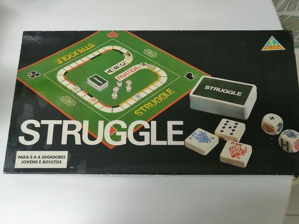 Struggle Majora jogo anos 80
